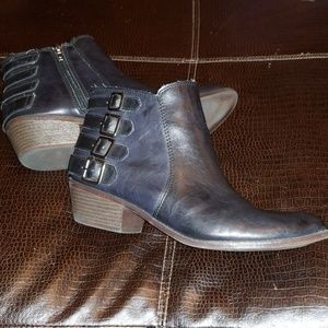 👏CLEARANCE SALE!!👏 Madden Girl Booties - Sz. 11
